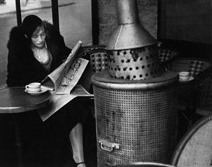 cafe-dome-paris-1928-photo-andre-kertesz.jpg